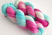 Tricot - crochet - knit - yarn / Du tricot ou plus largement de la laine mmmm !
