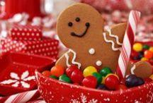 ☃ Dulce Navidad ☃ / Las navidades no serán navidades sin los postres y dulces que son típicos de la Navidad. Son tan necesarios como los adornos, el belén, los pesebres, las guirnaldas, los trineos, los arbolitos, los reyes magos. Los dulces navideños son tan necesarios e imprescindibles como estos decorados. Y algunos de años guardan tradiciones centenarias. / by ✿⊱╮Marcela╭⊰✿