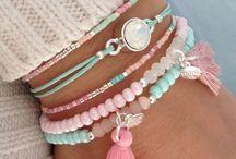 Bracelets - bijoux ❤️ / Des bracelets hauts en couleur