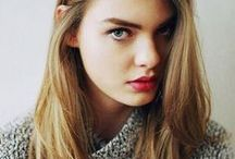 Women's Medium to Long Hair
