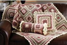 Blankets, Afghans and Throws