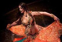 Belly dance :) / Dance inspiration. Sentimientos en forma de movimientos.  / by Elena Alejo