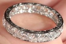 Wedding Rings and Engagement Rings / Inspiration and ideas for wedding rings and engagement rings for weddings!