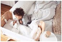 bbnovefamily ! bbnove chez vous / Bleu, gris, blanc, fushia, vert ... Et chez vous, de quelle couleur est votre veilleuse bbnove ?  Quelle création bbnove avez-vous testé : la tablette de chevet pour lit à barreaux TAB ©® ? L'anneau de dentition rectangulaire Tartine ©® ? Le tour de lit bébé anti étouffement Bump ©® ??  Nous partageons vos expériences. Envoyez-nous vos photos sur camille@bbnove.fr ou directement sur nos pages @bbnove  Nos produits de puériculture en situation - Vos avis ...