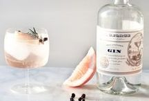 LIFESTYLE | THE COCKTAIL HOUR / Rejoice! It's time to mix up a drink or two! Glamorous Cocktails for every occasion.