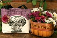 Repurposed Animal Feed Sacks to Handbags / Turn a feedsack into a tote for the market or line with fabric for a handbag!