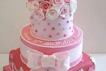 Cakes and Cupcakes / by Kristen Tully