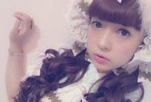 Wunderwelt Libre / Our Wunderwelt blog is a source of information about Lolita Fashion! Kawaii ambassador Misako Aoki kindly writes for us as well so please take a look❤︎
