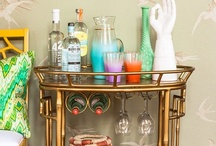 Home {Bar Cart Inspiration} / Who doesn't love a well-stocked bar that looks great and moves easily from room to room?