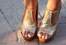 Style {Wonderful Wedges} / Wedges, better than heels!  My favorite wedges and flatform shoes.  / by Alexa Webb