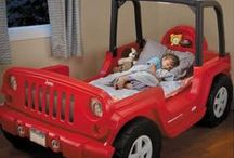 Let's Go to Bed! / What kid wouldn't love to sleep in their very own race car?