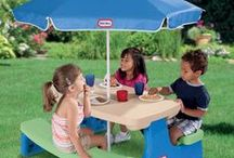 Little Tikes Summer Block Party / Everything you need to throw a fantastic block party for you, your neighbors and your Little Tikes.