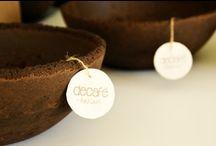 """Alika - Decorative bowl made of decafé / Cuenco realizado de """"decafé"""". Su forma y tamaño nos recuerda a lo sencillo, lo bello y único.Su gran carácter hacen de ALIKA un objeto valioso por sí mismo, su textura y aroma nos recuerdan a culturas relacionadas con el café.  // """"Decafé""""material-made bowl. ALIKA's shape and size reminds us of simplicity, beauty and exclusivity. It is just the singular character of this item itself what makes it a valuable object which recalls us to any single culture where coffee is present."""