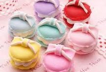 Macarons / Macaron is a sweet meringue-based confection made with eggs, icing sugar, granulated sugar, almond powder or ground almond, and food coloring. We love them...