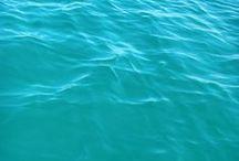 Eau / reflet et mouvement de l'eau.