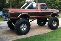 Ford 4X4 Dream Trucks / Ford Trucks   / by Christina