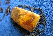 AMBER Pendants / BALTIC AMBER Jewelry - PENDANTS , CHARMS , AMULETS , TALISMANS