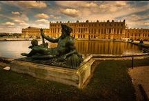 Versailles Palace / The Palace of Versailles contains a Hall of Mirrors and huge apartments, surrounded by parks and French gardens filled with the most beautiful fountains and monumental lakes.  #Paris #PARISCityVISION #VisitParis #versailles
