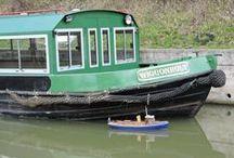 Fun on the Wey & Arun canal / Photos of people having fun on the Wey & Arun canl