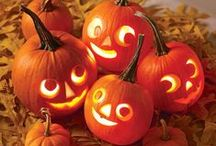 Halloween Inspirations / Halloween, what a time to be creative with food and decorations.