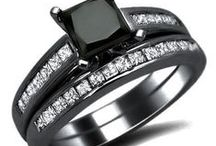 Unique Engagement Rings & Wedding Bands / Fabulous Rings to propose to your beloved.  Unique engagement rings and wedding bands - something you don't see everyday!