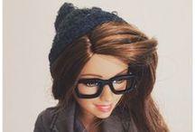 idealo ❤ Barbie / La regina delle fashion dolls in mostra nella bacheca di idealo. Prezzi, serie, modelli e gadget per la bambola più famosa del mondo: http://www.idealo.it/cat/18415/barbie.html
