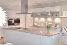 'Its all white' white ideas in the kitchen / How to use White in the kitchen without looking like the local dentist.