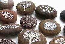 Stone Art / Blev lige inspireret til at tegne på nogle sten vi havde. Pinterest er det bedste sted, at finde inspiration.