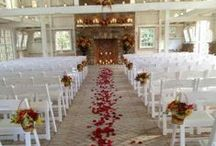 love wedding things / by LeAnn Moser