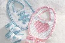Mimos em crochê - Pampering in crochet / Lindos e delicados trabalhos feios pelas nossas artesãs do mundo inteiro. / by Elisabet Gregaitis