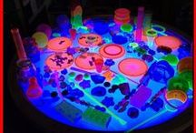 The Light Table Twins / My twins playing on the light tables and light play.  Educational activities and play ideas for kids using light tables, overhead projectors, black lights, LED finger lights, glow sticks, mirrors, and natural light .#ULTG #lighttable  - all pins from The Utimate Light Table Guide and Epic Childhood Blog