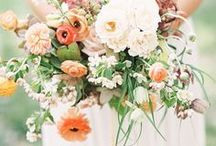 the wedding floral inspiration / All things wedding flowers and boquets