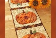 Sew-Tablerunners,Table Toppers / by Sue Sewell