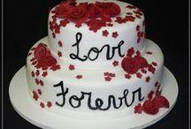 Bolos, bolos e mais bolos / Nesse painel, estão os bolos mas lindos que já vi! / by Maria Rosa