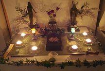 Pagan (divination, crystals, decor)