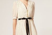 V-neck dress / Finding myself some inspiration for sewing my own v-neck, silky, twenties/thirties style dress.