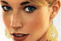Earrings to Adore / Feminine & pretty earring styles we LOVE.