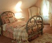 Cozy beds / I love cozy, snug beds