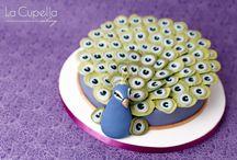 amazing cakes / by Paulette Adkins