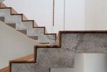Debaixo da escada / Referências de escadas