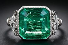 Emerald / Emerald Rings & Jewelry