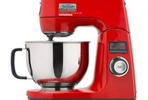 Sunbeam Bake It Easy! / Sunbeam Mixmaster has been making baking EASY since 1948.  Just like Sunbeam, I have chosen a timeless classic easy, PRIZE winning Cupcake Recipe.  I loved watching my Grandmother use her MIXMASTER, and never did she have a baking disaster.  Mixmaster making memories through the generations, I would love a MX9200 to make my own creations  #IwantaSunbeamMixer #dreamingofwinning #aprizetotreasure