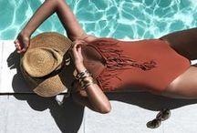 Beachwear / You are looking for the perfect bikini or bathing suit? In need of some serious vacay inspiration? Here we go... get inspired:   Bist du auf der Suche nach dem perfekten Bikini oder Badeanzug? Oder brauchst du ein paar dringende Urlaubs–Inspirationen? Los geht's... Inspiriere dich: