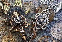 Steampunk Keys / Keys that have a steampunk feel to them plus some other cool keys.