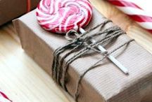 Unique Gift wrapping / Everything to make a gift memorable. #giftwrap #Chirstmas