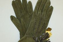 Gloves. Juicy details.