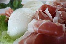 I nostri pranzi   Lunch time / Alcuni dei piatti della Pasticceria Pamela: primi piatti, carne, pesce, formaggi....per soddisfare i gusti di tutti