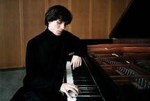 ❧ Gods of piano