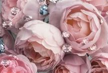 """ROSE GOLD JEWELLERY / The """"Luxurious Look"""" of rosé."""