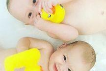 Bath Time Fun / Having fun in the bath with Playgro